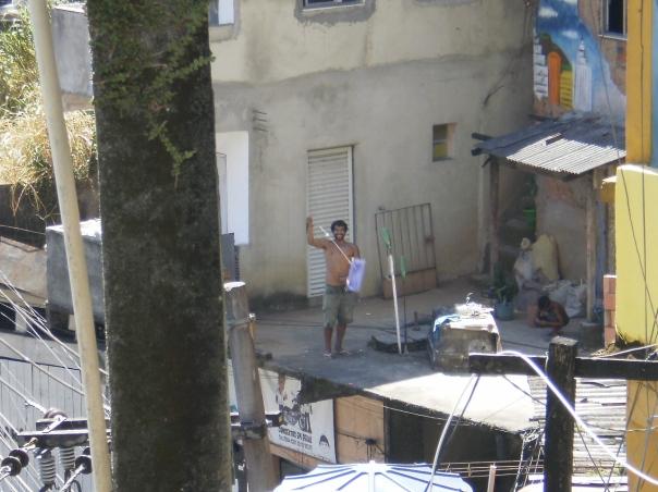 favela Rocinha, in volo con gli aquiloni #finestrasullafavela