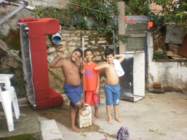 educazione per i bimbi vicini di casa #finestrasullafavela