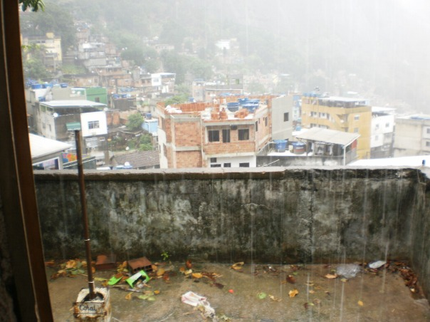 autunno in favela stagioni capovolte something stupid