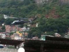 favela Rocinha, Rio de Janeiro, Brasile, #finestrasullafavela (foto da Rocinha em fogo)