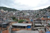 Dal 2012 al 2014: Finestra sulla favela (Rocinha), la prima Finestra, sulla favela Rocinha di Rio de Janeiro, alla scoperta di un popolo afflitto dalla carenza delle infrastrutture, dallo storico conflitto contro le bande del narcotraffico, e dai pregiudizi del mondo esterno, abitata da un popolo che sa esprimere ogni giorno l'amore per la vita nonostante tutto. https://finestrasullafavela.wordpress.com/ #finestrasullafavela
