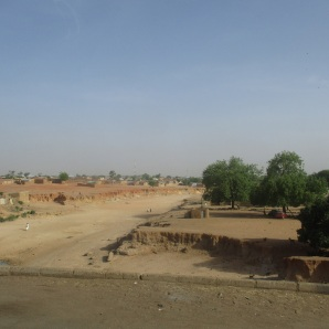 Primo passo di uomo bianco (a Potiskum, Nigeria)