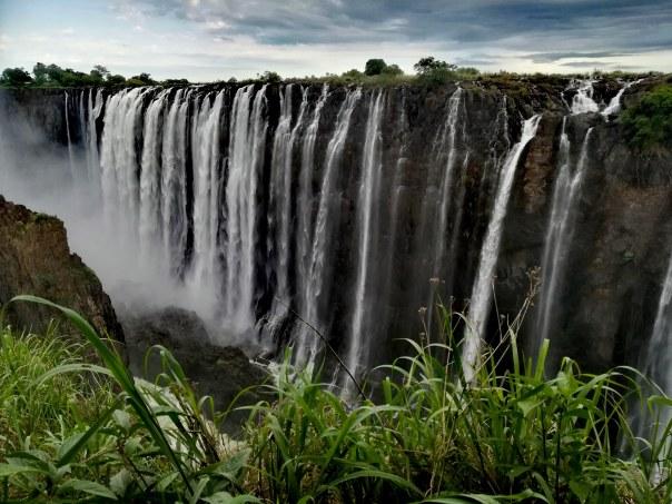 Finestra su Longacres Zambia ultimo viaggio primo viaggi copertina